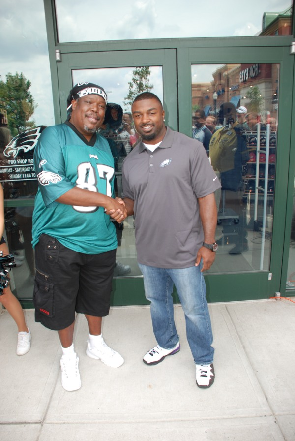 Toe-knee-with Brian Westbrook